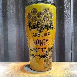 Kind words are sweet like honey.